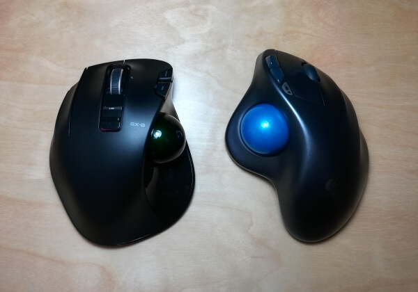 ELECOM M-XT4DRBK Wireless Trackball Mouse vs Logitech Wireless Trackball M570 Mouse Comparison