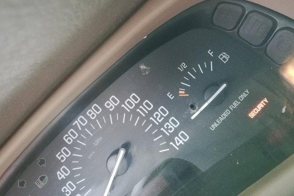Linda Fuel Gauge
